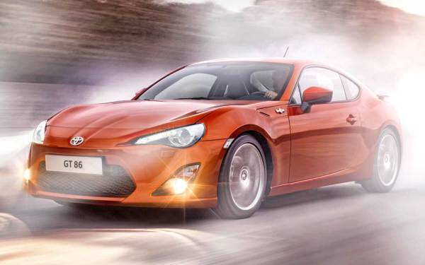 Toyota GT86 with C3-esque front fenders