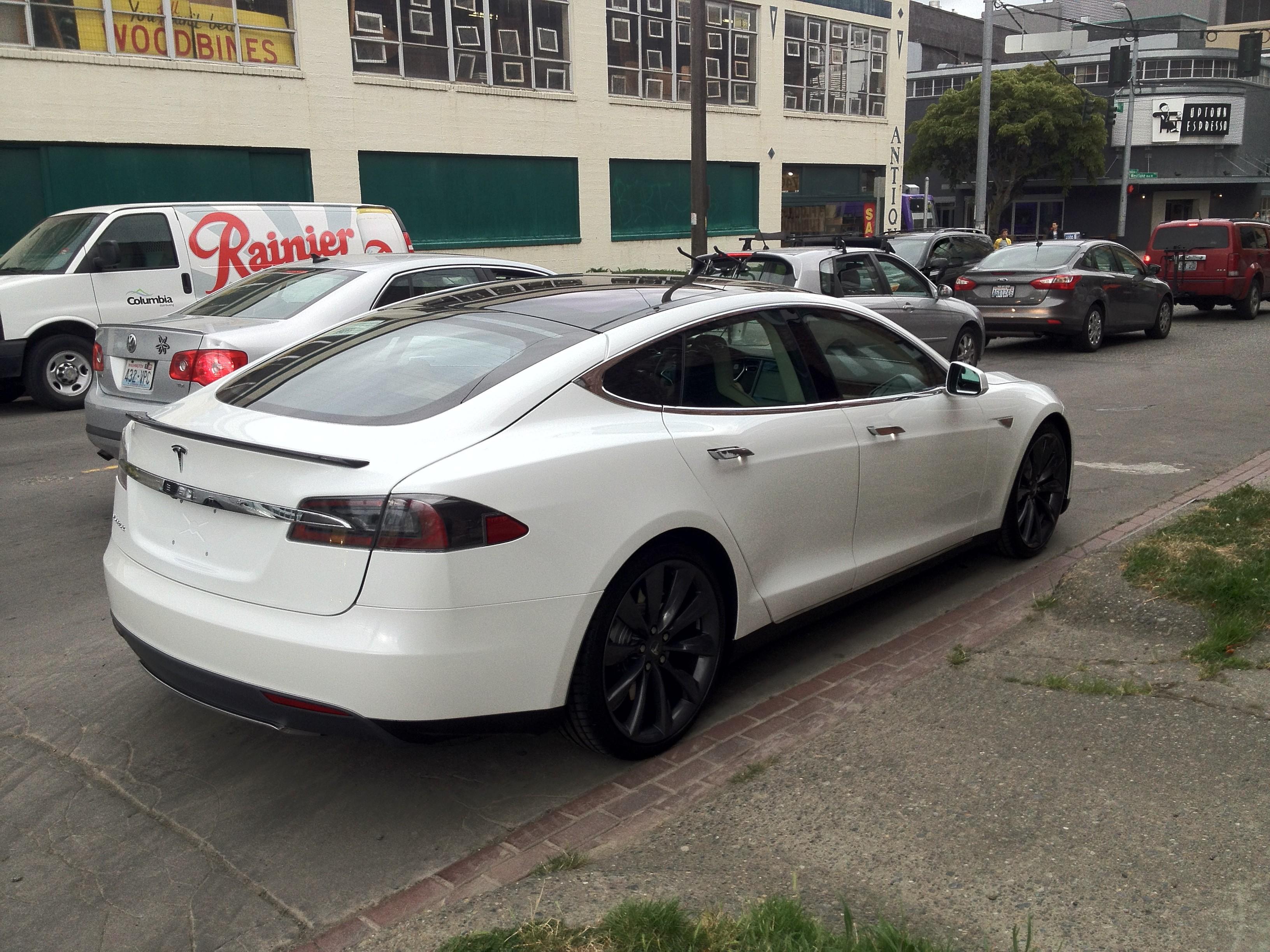 Model S Door Handles Out | |StartingGrid|